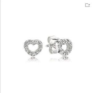 🆕 Pandora heart studs